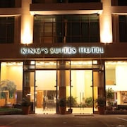 King's Suites Hotel