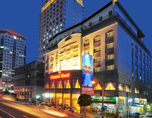 센트럴 호텔 (양곤)