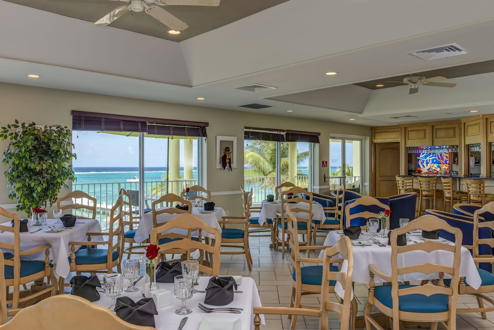 Restaurant, Wyndham Reef Resort All-Inclusive