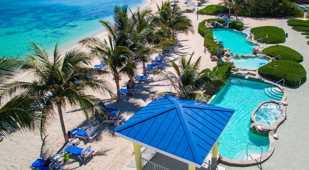 Outdoor Pool, Wyndham Reef Resort All-Inclusive
