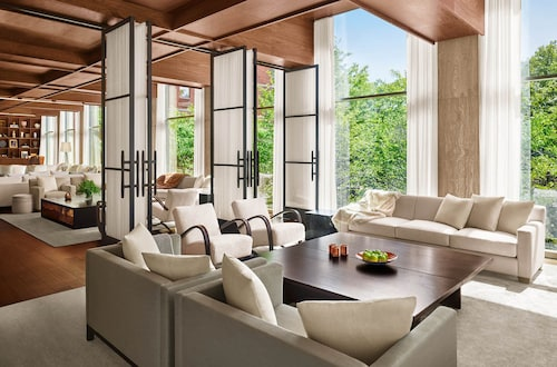 Hotels near Duane Park, New York: Find Cheap $85 Hotel Deals