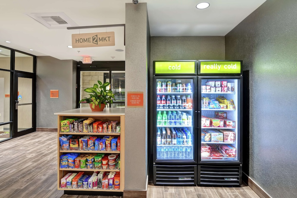 Snack Bar, Home2 Suites by Hilton Conway