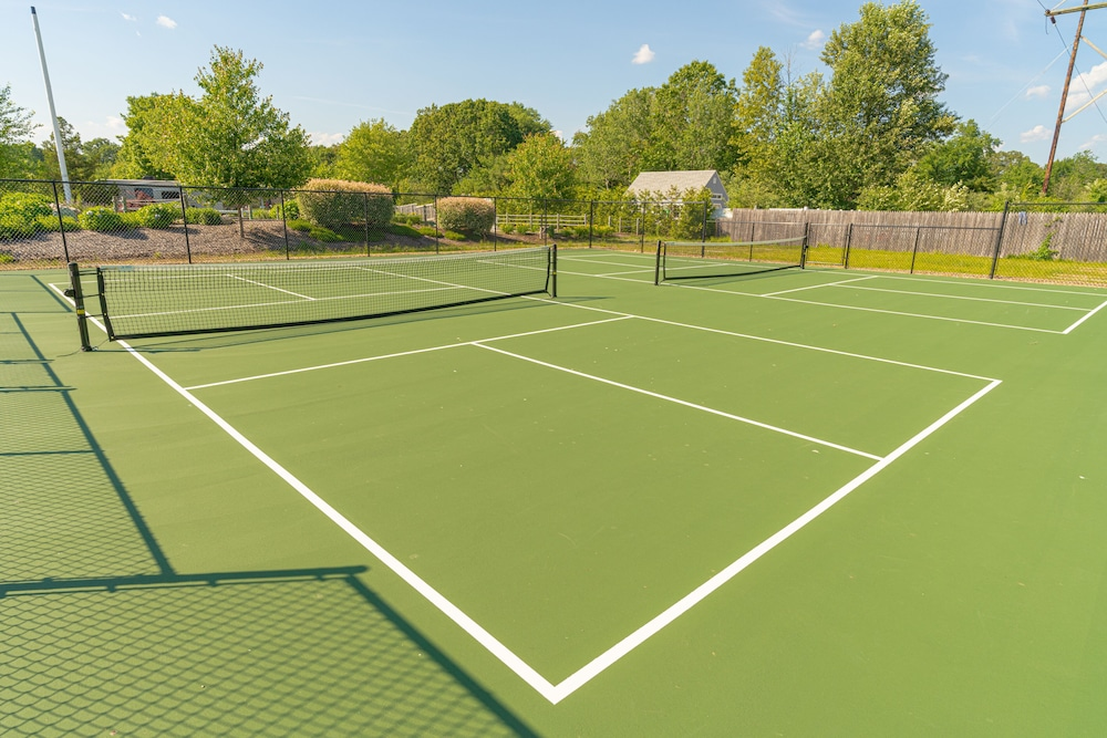 Tennis Court, Seaport RV Resort