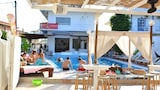Cavos Beach House - KAVOS Hotels