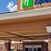 Holiday Inn Express & Suites McAllen - Medical Center Area
