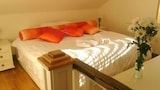 Central duplex apartment - Galway Hotels