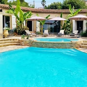 Provencal Pool and Tennis Villa
