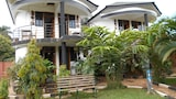 Chel and Vade Cottages - Jinja Hotels