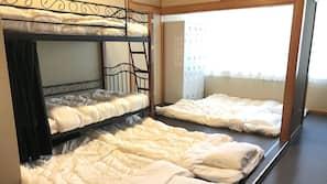 객실 내 금고, 무료 WiFi, 침대 시트