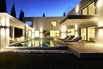 Luxury Villa Eve