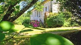 Beautiful mansion w private park 08248851 - Montguyon Hotels