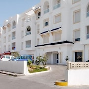 Beachside flat near Hammamet with pool 06774898