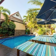 3 bedroom villa with air con and pool 10138577