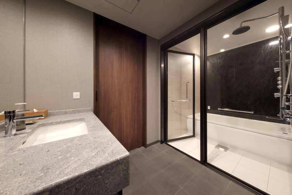 Bathroom, Hotel Metropolitan Sendai East