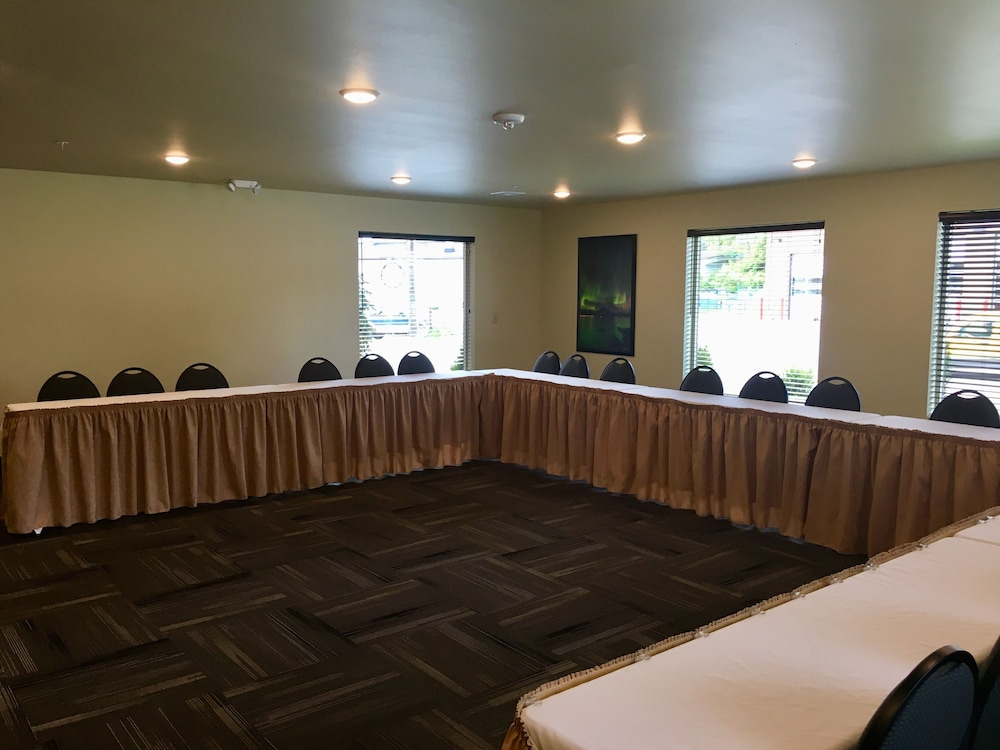 Meeting Facility, Aspen Suites Hotel Sitka