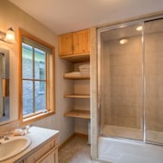 El Diente A 2 Bedroom Holiday home By Accommodations in Telluride