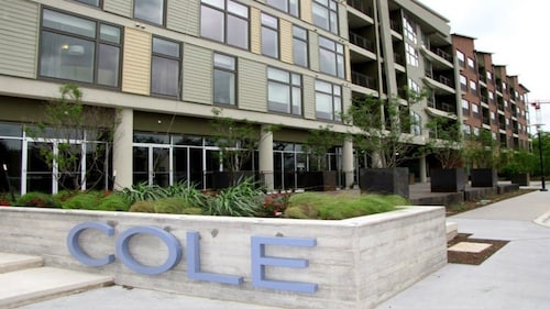 Great Place to stay Apartment in Austin With Air Conditioning, Lift, Washing Machine near Austin