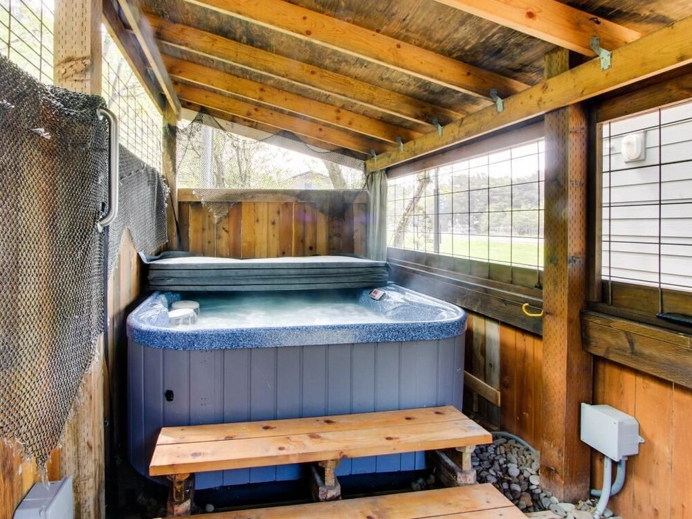 Shiloh by the Sea with Hot Tub: 2017 Room Prices, Deals & Reviews ...