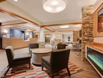 Lobby, Microtel Inn & Suites by Wyndham Clarion