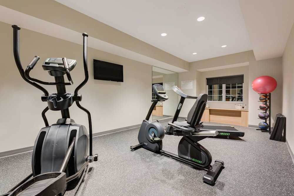 Sports Facility, Microtel Inn & Suites by Wyndham Clarion