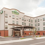 Wingate by Wyndham Altoona Downtown/Medical Center
