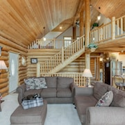 Cascade Lakeview Log Cabin