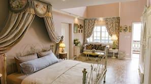 1 Schlafzimmer, hochwertige Bettwaren, Schreibtisch, kostenloses WLAN