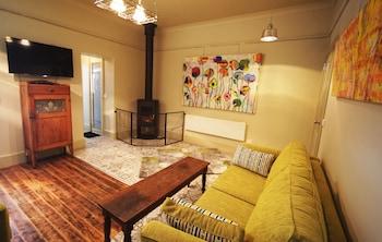 Latrobe Art Apartments Tasmania Australia