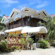 Villa Limpia Beach Resort