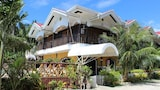 Villa Limpia Beach Resort - Loay Hotels