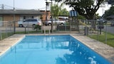 Wildflower Inn & RV Park - Cuero Hotels