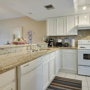 Beachview Condominiums Sandcastle Dreams 314