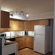 Toronto Furnished Living Pembroke