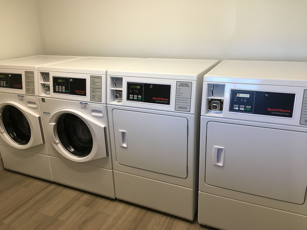 Laundry Room, Holiday Inn Express & Suites Rice Lake, an IHG Hotel