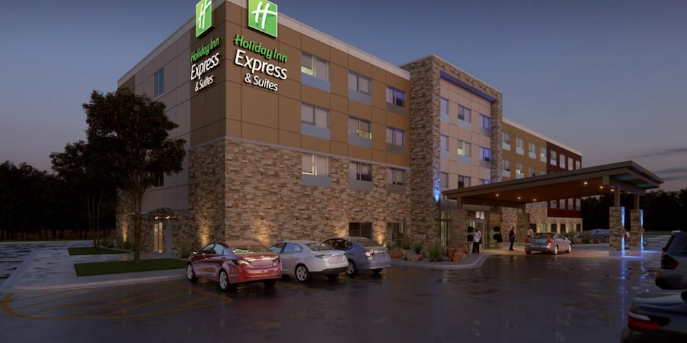 Front of Property, Holiday Inn Express & Suites Rice Lake, an IHG Hotel