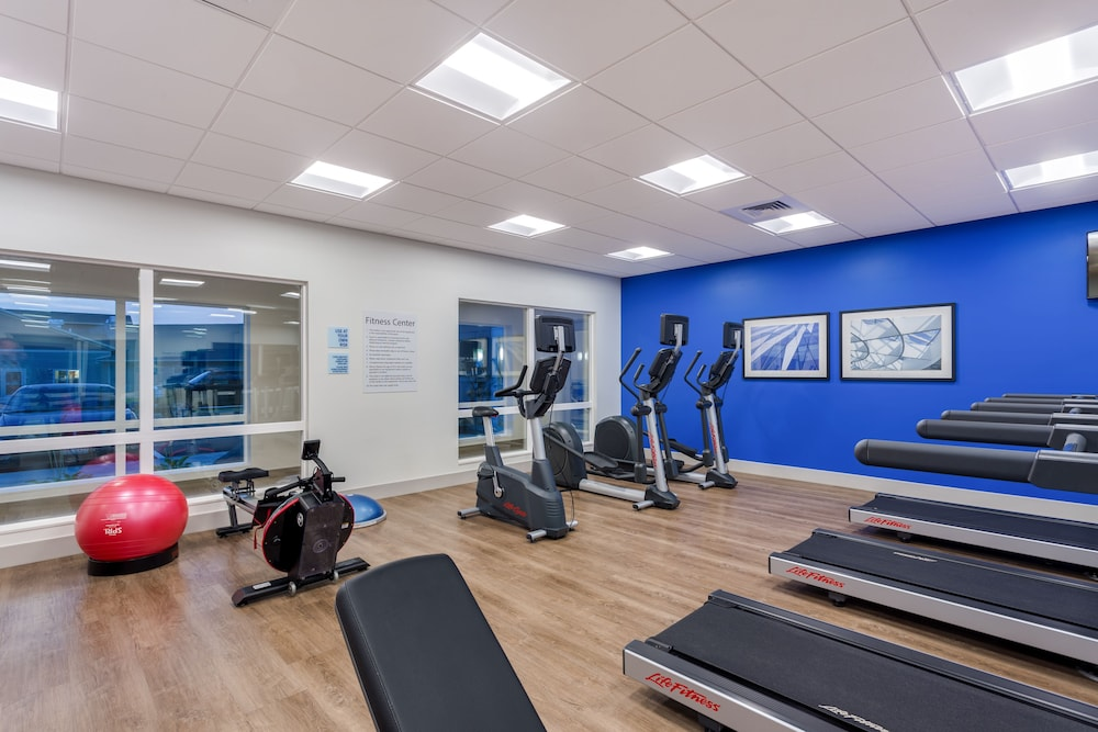 Fitness Facility, Holiday Inn Express & Suites Rice Lake, an IHG Hotel