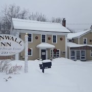 Cornwall Inn and Lodge