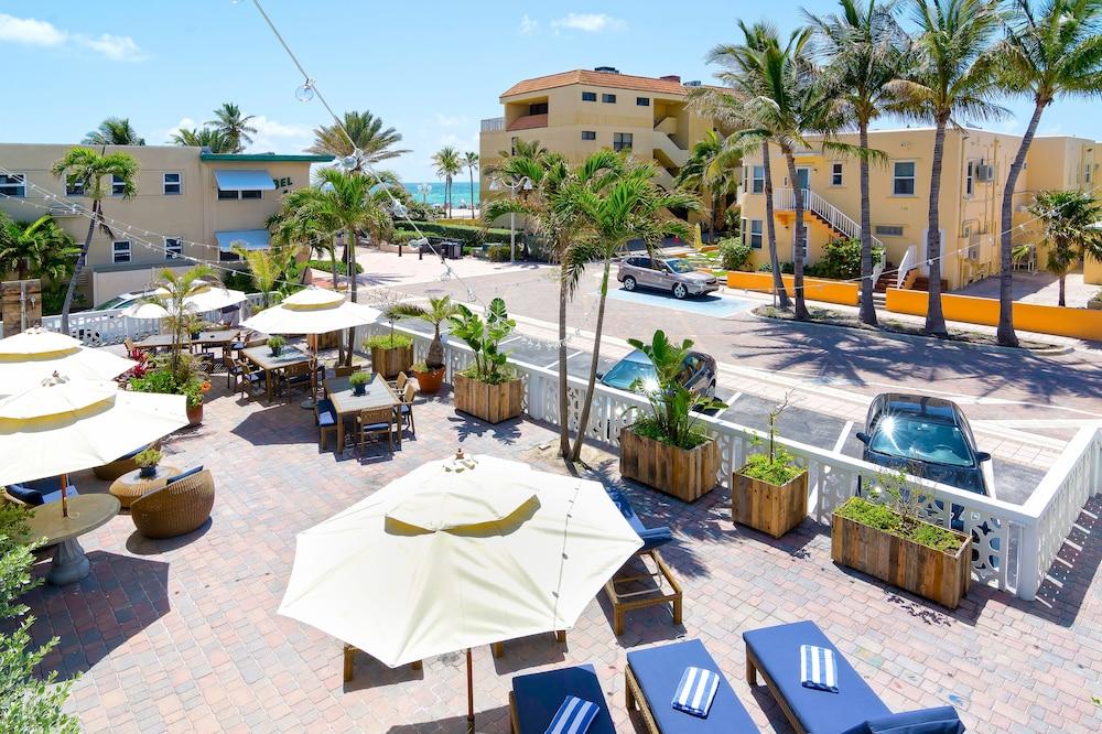 Beach Rooms Inn Hollywood Usa Aarp