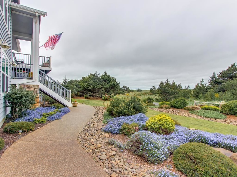 Surf pines rileas rest in warrenton hotel rates reviews on orbitz featured image sciox Gallery