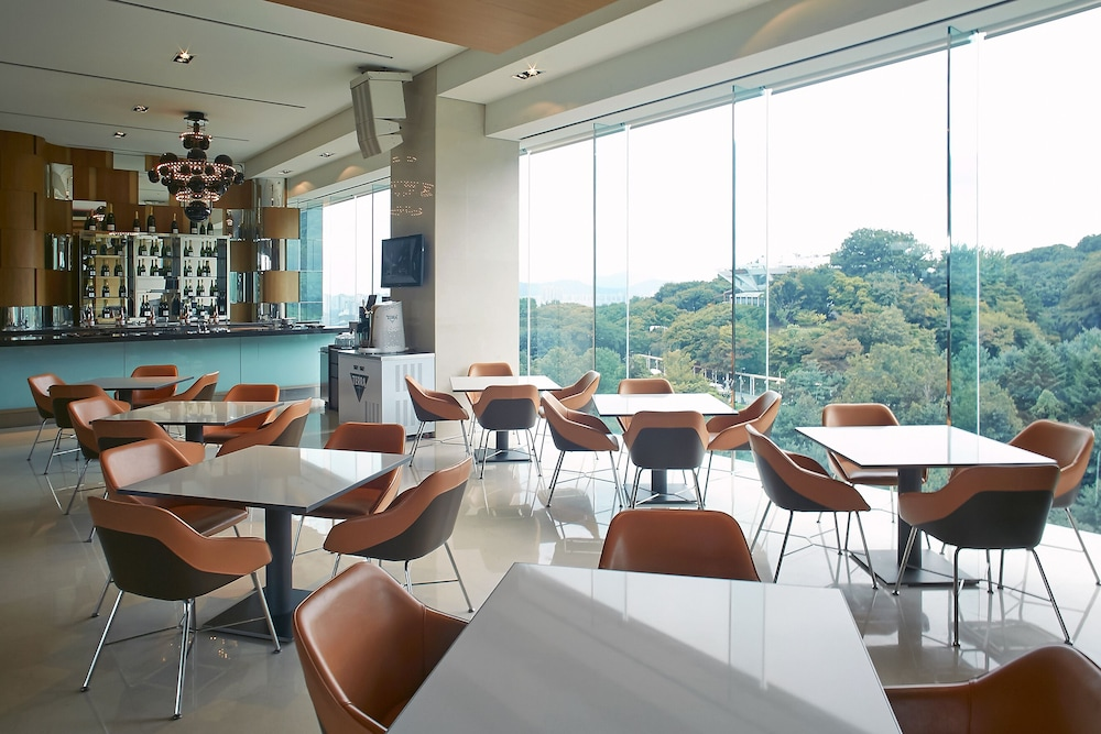 Executive Lounge, Grand Walkerhill Seoul