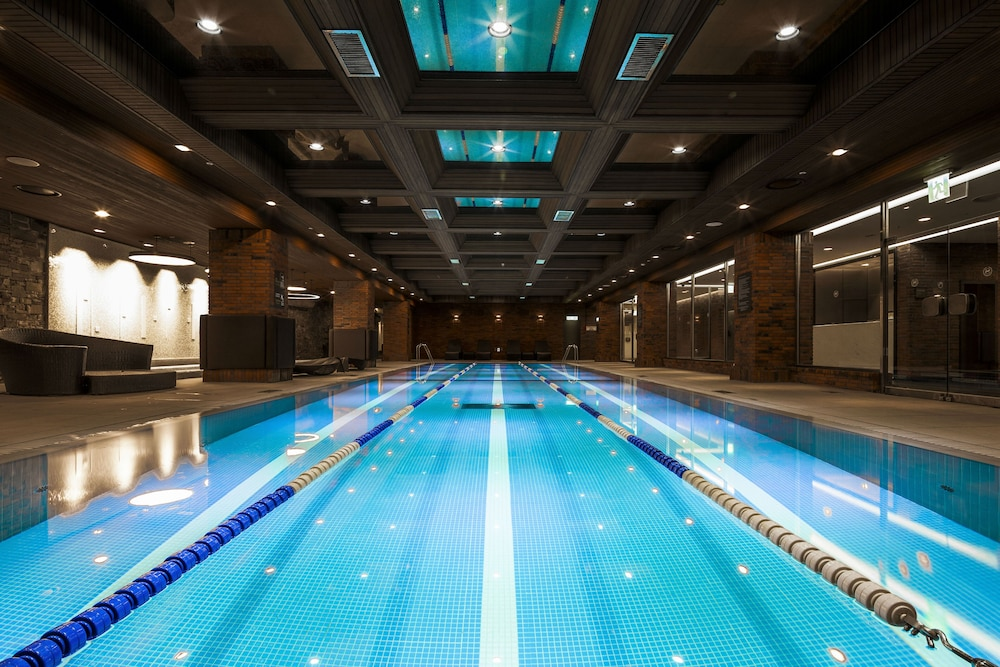 Indoor Pool, Grand Walkerhill Seoul