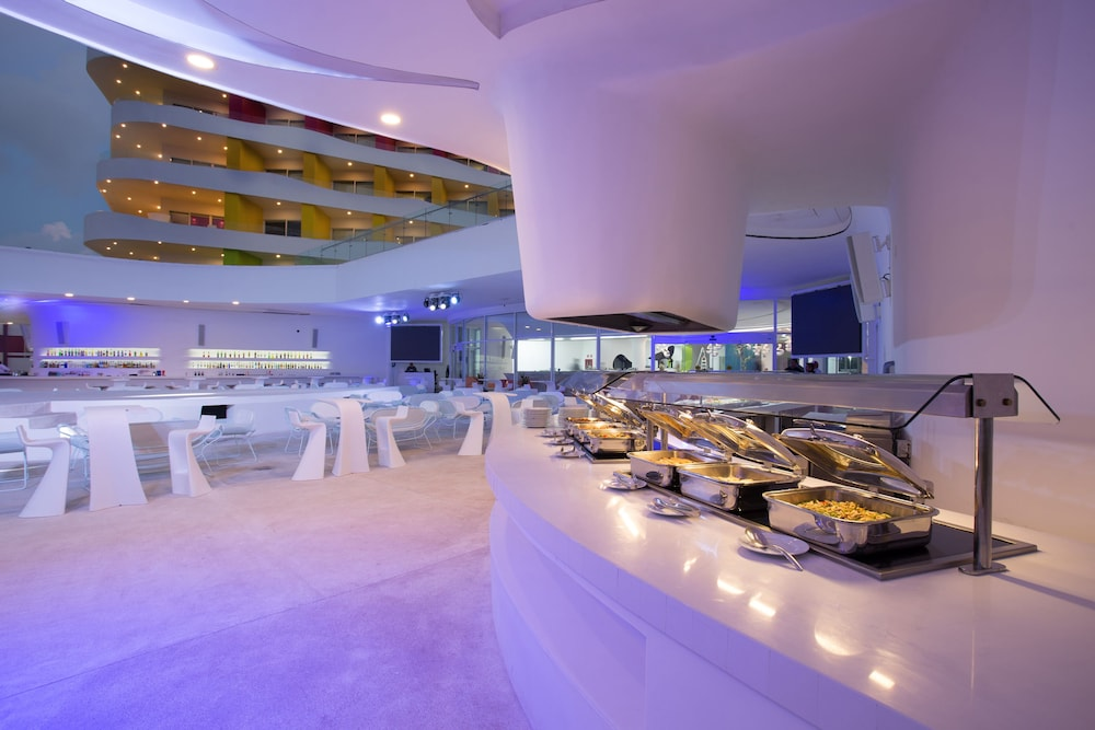 Buffet, Temptation Cancun Resort  - All Inclusive- Adults Only