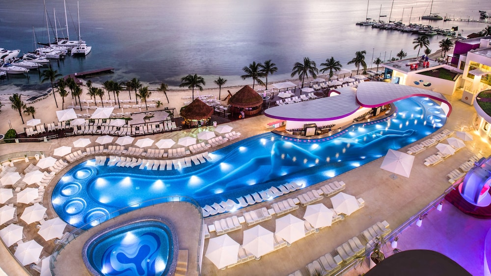 Outdoor Pool, Temptation Cancun Resort  - All Inclusive- Adults Only