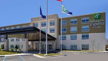 Holiday Inn Express & Suites Brighton South - US 23, an IHG Hotel