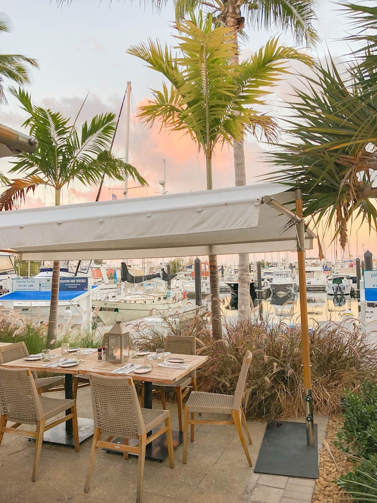 Outdoor Dining, The Perry Hotel Key West