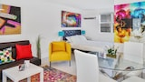 Colorful Studio in Wynwood by Sonder - Miami Hotels