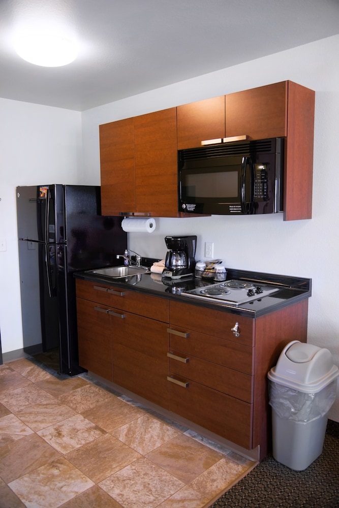 Private Kitchenette, My Place Hotel-West Jordan, UT