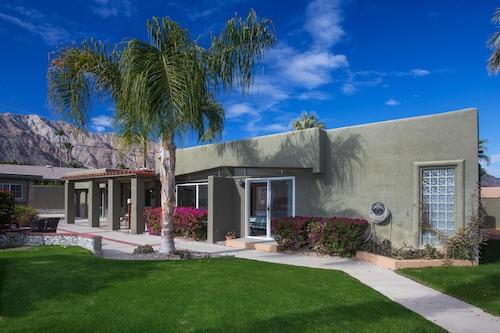 Great Place to stay PS003 4 Bedroom Villa By Senstay near La Quinta
