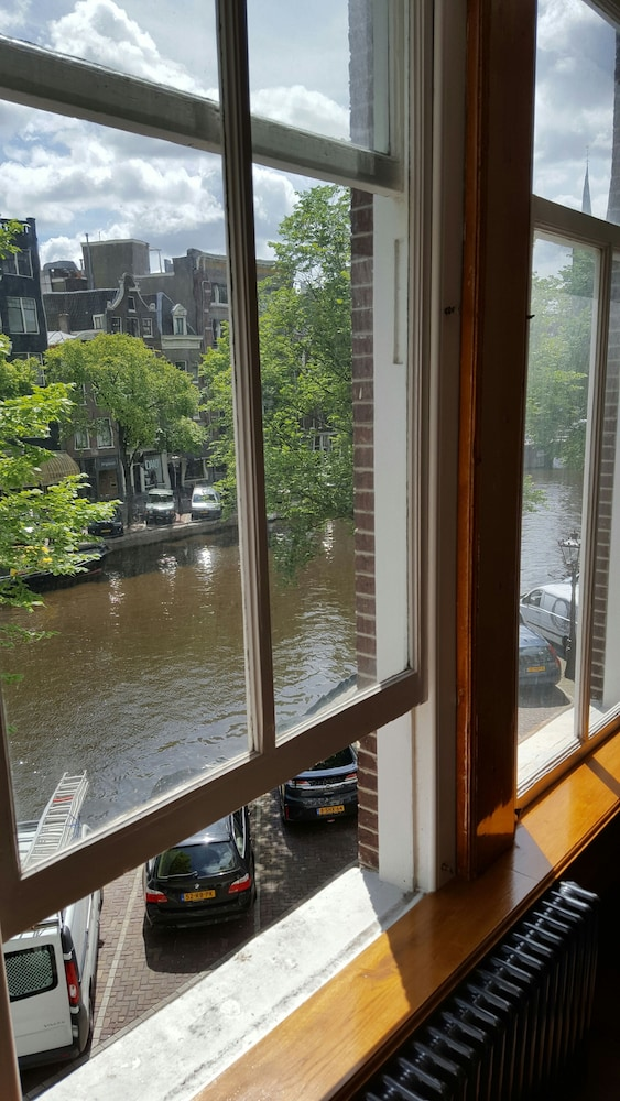 View from Room, Suites aan de Singel