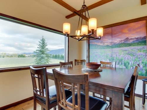 Check Expedia for Availability of Elk Park Lodge